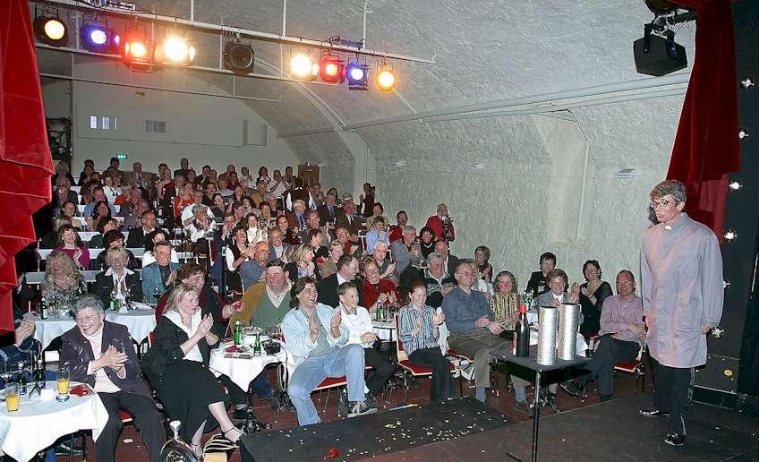 Nägele im Traumzeittheater